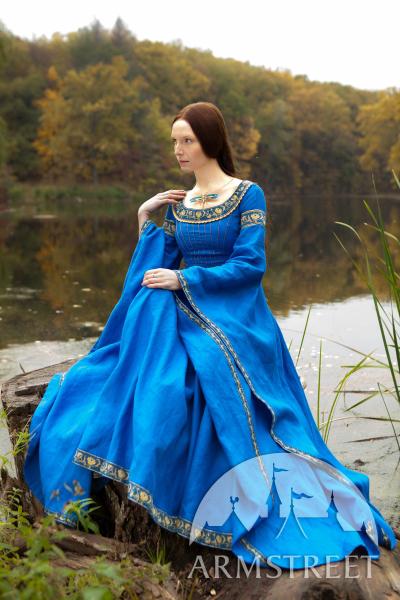robe-medievale-en-lin-dame-du-lac-5